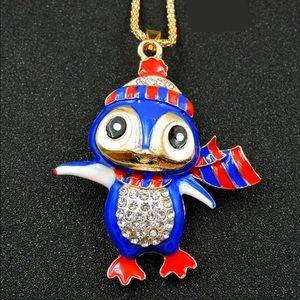 Jewelry - Crystal Blue Cold Scarf Owl Necklace